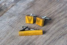 Wooden TIE Clip CUFFLINKS Set  carst sumac Tie by KajzarsWoodWork