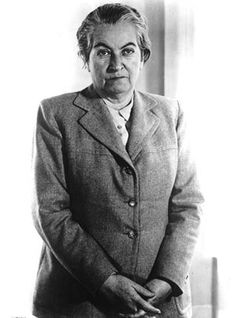 Gabriela Mistral April 1889 – 10 January was the pseudonym of Lucila Godoy Alcayaga, a Chilean poet-diplomat, educator and feminist. She was the first Latin American (and, so far, the only Latin American woman) to be awarded the Nobel Prize in Literature Michel De Montaigne, Great Women, Amazing Women, Latin American Literature, American History, Poet Quotes, Nobel Prize In Literature, Poet, Feminism