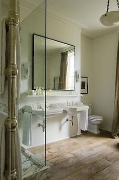 So good - Rose Uniacke - Interiors - London Family House Bad Inspiration, Bathroom Inspiration, Bathroom Ideas, Simple Bathroom, Kmart Bathroom, Garden Bathroom, Open Bathroom, Cozy Bathroom, Modern Bathroom Design