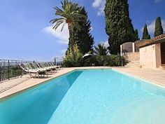 Villa+à+Grasse,+Cote+D+Azur,+France+++Location de vacances à partir de Cannes Pays de Grasse @homeaway! #vacation #rental #travel #homeaway