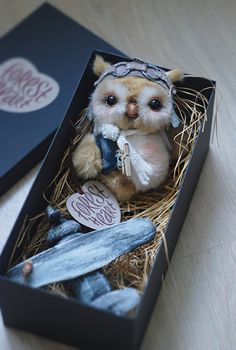 Adorable steampunk owl! This artist has lots of fantastic plush sculpts.