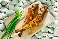 Utangaç Mırlan Fish Dishes, Main Dishes, Tandoori Chicken, Chicken Wings, Asparagus, Great Recipes, Carrots, Meat, Vegetables
