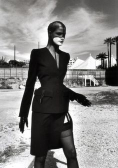 Tumblrification: Feed… (thierry mugler,fashion,haute couture,helmut newton,avant-garde,female model,black and white)