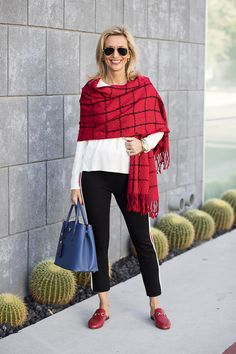 Best Fashion Tips For Women Over 60 - Fashion Trends Over 60 Fashion, Over 50 Womens Fashion, Fashion Over 50, Fashion Tips For Women, Look Fashion, Winter Fashion, Fashion Outfits, Fashion Trends, Moda Casual