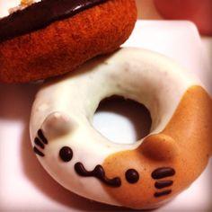 Super adorable cat donut from floresta 高円寺店