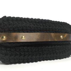 Τσάντα πλεκτή μακό με δέρματινες λεπτομέρειες Handmade Bags, Belt, Bracelets, Accessories, Jewelry, Fashion, Belts, Moda, Handmade Handbags