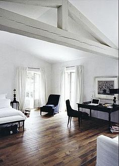 French architect and designer Joseph Dirand has been in the news lately; he recently won Wallpaper's Design Awards 2010 for best new hotel for the Habita H Bedroom Black, Modern Bedroom, Bedroom Decor, Master Bedroom, Monochrome Interior, Interior Design, Painted Beams, Joseph Dirand, White Wood Floors