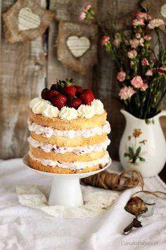 Strawberry layer cake  Cupcake Factory