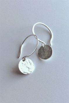 Small Hammered Silver Earrings / Miniamalist Everyday Jewelry / Round Hand Hammered Sterling Drops #SilverJewelry