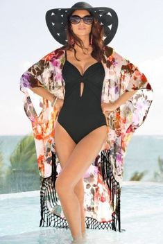 Thats Your Best 53 Best Beach Wear Outfits Ideas For Women Best Picture For Beach Outfit photo. Summer Wear, Summer Outfits, Mode Outfits, Fashion Outfits, Fashion Hats, Ladies Fashion, Outfit Strand, Jolie Lingerie, Vintage Swimsuits