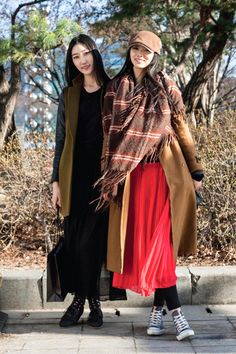 If maxi skirt then maxi coat. Mid coat w/maxi skirt (probably) looks good only when unbuttoned