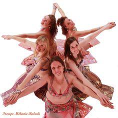 Troupe Mélanie Baladi 2016. Photo danse orientale en formation détoile