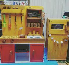 手作りの「ままごとキッチン」と「ままごと冷蔵庫」と「ままごとレンジ」をカラーボックスでdiyする方法!