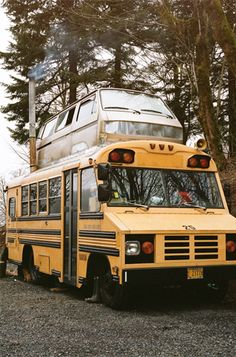 double decker. I wanna buy a bus and redo the inside to make it a camper so bad.