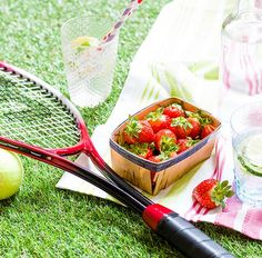 From cheap Centre Court tickets to trusty picnic hacks – this is Wimbledon on a budget.