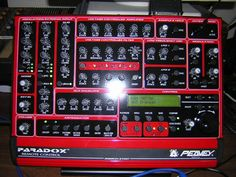 Peavey Paradox ~ analog monophonic 1U rack unit with a remote control (shown here) ~ only 4 units were built    #electronicmusic #synthesizer #instruments #electroacoustic #sound #synthesis