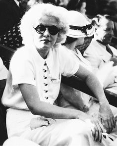 "paulamaralolol: ""Jean Harlow at the National Air Races, 1933. """