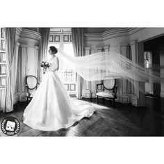 A good snapshot keeps a moment from running away.- Eudora Welty  2016 CNGZ ARTS - Beytullah Cengiz  WWW.CENGIZ.BE - INFO @ CENGIZ. BE  #wedding #weddings #weddingdress #weddingphotographer #weddingday  #weddingphotography #weddinginspiration #weddingparty #pronovias  #weddingdecor #düğün #kasteel #dugunhikayesi  #theperfectwedding #dugunfotograflari  #düğündernek #düğünfotoğrafçısı #düğünfotoğrafı #düğünhazırlığı #dugunhikayeniz #trouwfotograaf #trouwreportage #trouwfeest #trouwjurk #trouwen…