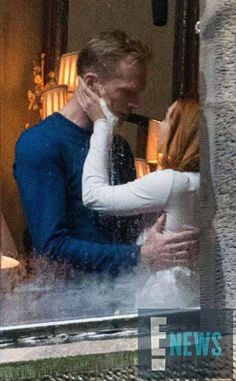 Vision (human form) and Scarlet Witch kissing on set of Avengers: Infinity War.