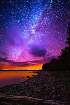 The most beautiful landscapes in the United States pictures): Milky Way over Spencer Bay Moosehead Lake Maine Beautiful Sky, Beautiful Landscapes, Beautiful World, Beautiful Places, Pretty Sky, Wonderful Places, Ciel Nocturne, Milky Way, Amazing Nature