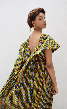 The huge collar on this beautiful African print with tails/cape at the back is very nice. African Print Dresses, African Dresses For Women, African Wear, African Attire, African Women, African Prints, African Style, African Patterns, African Inspired Fashion