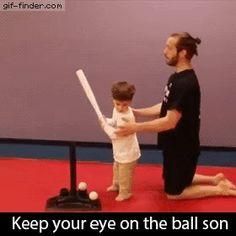 [유머] 아들 공에서 눈을 떼면 안돼 흠...