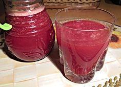 Očistný nápoj zčervené řepy Smoothie Detox, Juice Smoothie, Smoothies, Good Food, Yummy Food, Dieta Detox, Natural Medicine, Beets, Health And Beauty