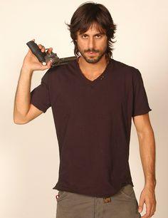 2006: Hugo Silva
