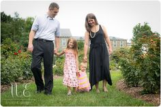 Swarthmore, PA Family Photographer | Outdoor Family Portrait
