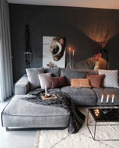 Cozy home decor, living room decoration ideas, modern interior design, modern home decor for home living room modern Great Decorating ideas for Living Room Chic Living Room, Cozy Living Rooms, Home Living Room, Living Room Designs, Apartment Living, Ideas For Living Room, Luxury Living Rooms, Living Room Decorations, Dark Grey Walls Living Room