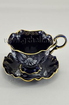 "Tea pair ""Snowflake"" in cobalt. Tea Cup Set, My Cup Of Tea, Tea Cup Saucer, Tee Set, Teapots And Cups, Teacups, Antique Tea Cups, China Tea Cups, Vintage Tea"