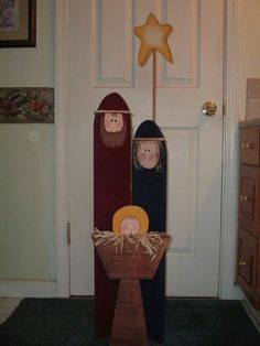 Hinged Nativity Screen by woodenwhimsie on Etsy Christmas Wood Crafts, Nativity Crafts, Christmas Yard, Christmas Signs, Outdoor Christmas, Christmas Projects, Winter Christmas, Holiday Crafts, Christmas Decorations