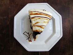 carmel brownie cheesecake