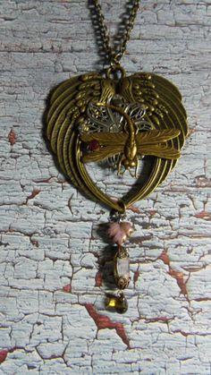 Dragonfly Heart Pendant by Spiritracer on Etsy, $27.99 http://www.ahez.com/kaleidoscopessteampunkjewelry
