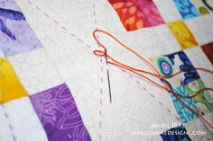 How to do Big Stitch Hand Quilting with Perle Cotton tutorial Quilting For Beginners, Quilting Tips, Quilting Tutorials, Machine Quilting, Quilting Projects, Sewing Projects, Easy Hand Quilting, Hand Quilting Patterns, Sewing Patterns