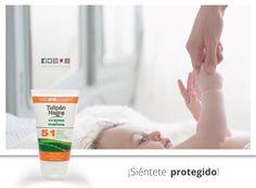 Cuida de los tuyos con nuestra crema de manos 5 en 1. No dejes que el frío ni los cambios de temperatura agrieten o estropeen vuestra piel. Repara, nutre, hidrata... y con su filtro solar evita que aparezcan manchas. www.tulipannegro.es  #TulipanNegro #Cremademanos #Almeria #hidratacion #frio #lunes #cuidado #madeinspain #primavera #felizlunes #repara #nutre #instalike #bebe #baby