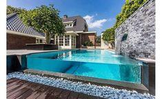 Open Glass Pool