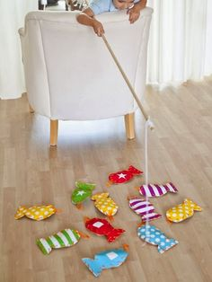 Life With 4 Boys: 20 Homemade Christmas Gift Ideas for Kids DIY Gifts, homemade . - Life With 4 Boys: 20 Homemade Christmas Gift Ideas for Kids DIY Gifts, homemade gifts, diy gift ide - Diy Gifts To Make, Diy Gifts For Kids, Diy For Kids, Gifts For Children, Children Games, Small Gifts, Kids Crafts, Projects For Kids, Sewing Projects