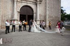 Boda en la iglesia tercera orden en Mérida, Yucatán / Tercera Orden church wedding #Boda #Wedding #Yucatán #Mérida