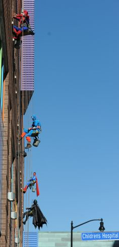 it a bird Is it a plane No, it's a window cleaner! Grime fighters dress up as superheroes to cheer up patients at a children's hospital High Rise Window Cleaning, Window Cleaning Tools, Window Cleaning Services, Washing Windows, Window Cleaner, Business Photos, Childrens Hospital, Cheer Up, How To Fall Asleep