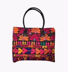 Bag Banjara Gypsy Boho Vintage Shoulder Bohemian Tote Embroidery Indian Auth Hippie Bags, Indian Textiles, Patchwork Bags, Tote Handbags, Evening Bags, Vintage Ladies, Gypsy, Travel Bag, Shoulder Bag