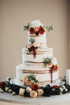 Provo City Center Temple Wedding, Utah wedding, LDS Temple posing ideas, utah wedding photographer, Thanksgiving Point Wedding, Thanskgiving Point Garden Room