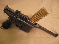 Broom Handle, Revolver Pistol, German Soldiers Ww2, Guns And Roses, Weapon Concept Art, Cool Guns, Guns And Ammo, Shotgun, Firearms