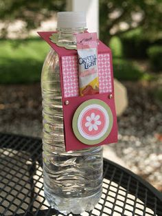 Blue Eyed Blessings: water bottle tag drink holder thingamajig...I have an awesome idea!!