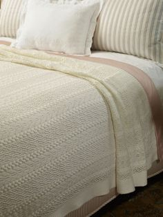 54177806ac2 Shabby Chic Cottage, Cottage Style, Soft Blankets, Linen Bedding, Duvet, Bed