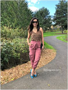 STITCH FIX REVIEW OCTOBER 2019. I loved styling my October Stitch Fix pieces in fall outfits. This box was full of the seasons trends, cute prints, and pretty fall styles. Click through to read the full review. #fallstyle #outfitinspiration #outfitideas Fall Styles, Stitch Fix Outfits, Tie Front Blouse, Knitted Tank Top, Super Skinny Jeans, Knit Dress, Fall Outfits, Style Me, Autumn Fashion