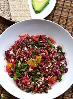Beetroot - avocado - salad: energy from the power bulb - Beetroot – avocado – salad: energy from the power bulb Best Picture For avocado pasta For You - Avocado Pasta, Beetroot, Kung Pao Chicken, Cabbage, Food And Drink, Low Carb, Tasty, Beef, Healthy Recipes