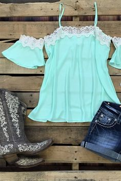 Off shoulder top with straps and crochet detail, boutique clothing, The Country Mile Top - Mint. Country Wear, Country Girl Style, Country Fashion, Country Girls, Country Style Clothes, Country Music Outfits, Country Dresses, Cowgirl Outfits, Western Outfits