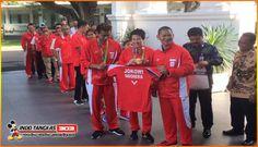 Presiden Joko Widodo Sambut Pahlawan Olimpiade Indonesia Di Istana Negera…