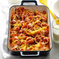 Easy Stuffed Shells Recipe -I put this recipe together one day when we had unexpected guests. It was an immediate hit and is now a family favorite. Get the kids involved when putting together this simple, savory dish. Easy Stuffed Shells, Stuffed Shells Recipe, Italian Recipes, Beef Recipes, Cooking Recipes, Pasta Recipes, Italian Dinners, Beef Tips, Italian Cooking